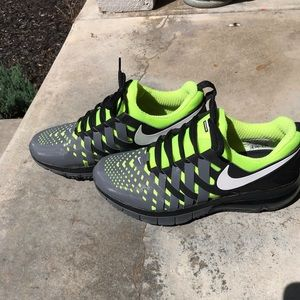 69b7cc7a30428 Men s Nike Discontinued Shoes on Poshmark